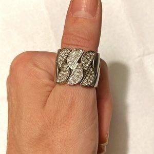 ⚠️ Silver rhinestone ring ⚠️